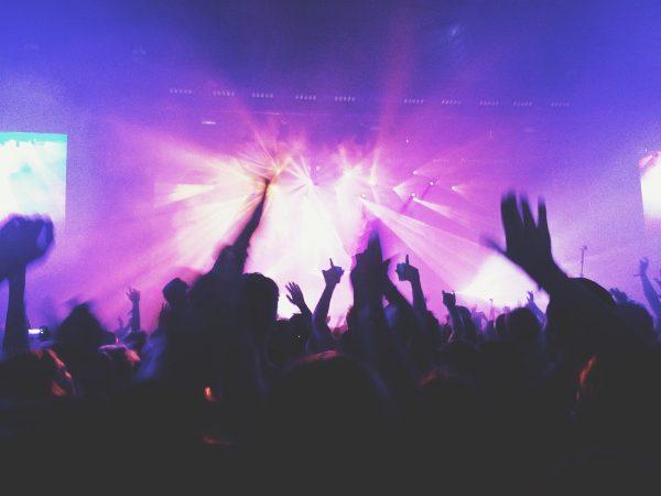 La fête de la musique sous les sigles des règles de distanciation