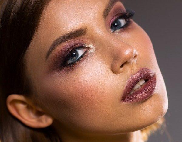 Le maquillage, un élément indispensable